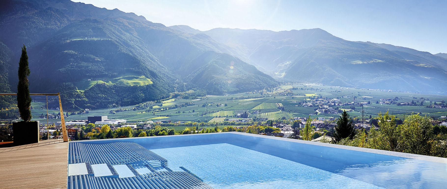 Pool Hotel Preidlhof